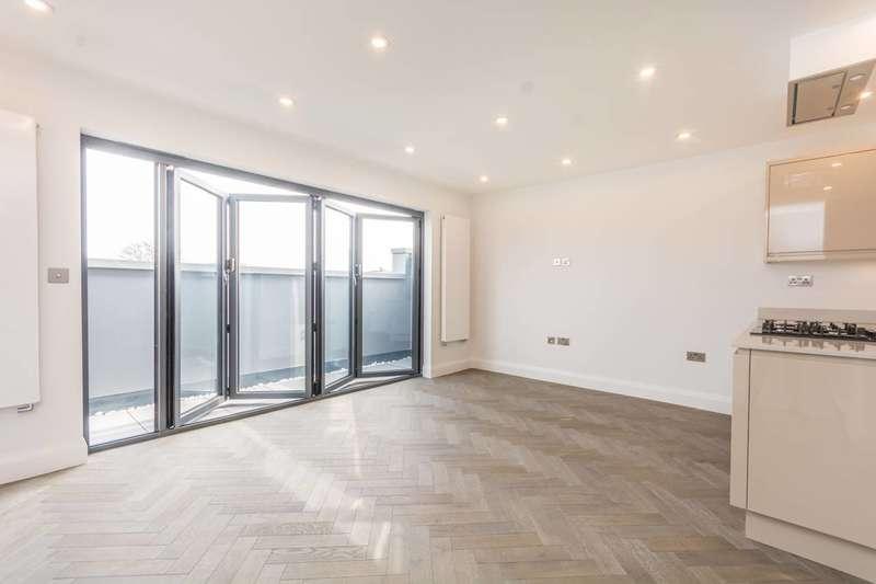2 Bedrooms Flat for sale in Stoke Newington Road, Stoke Newington, N16