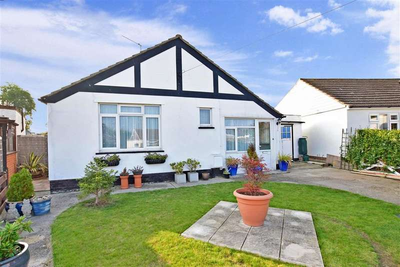 2 Bedrooms Detached Bungalow for sale in Vauxhall Avenue, Herne Bay, Kent