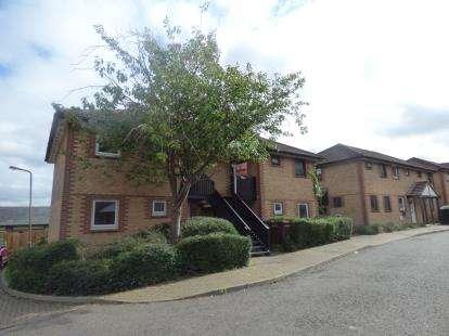 1 Bedroom Maisonette Flat for sale in Wheatcroft Close, Beanhill, Milton Keynes, Buckinghamshire