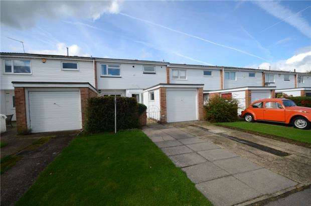 3 Bedrooms Terraced House for sale in Martin Close, Windsor, Berkshire