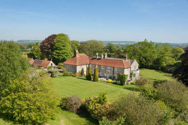 9 Bedrooms Detached House for sale in Godshill, Isle of Wight