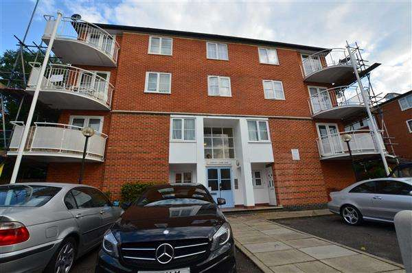 1 Bedroom Apartment Flat for sale in Rufforth Court, Colindale