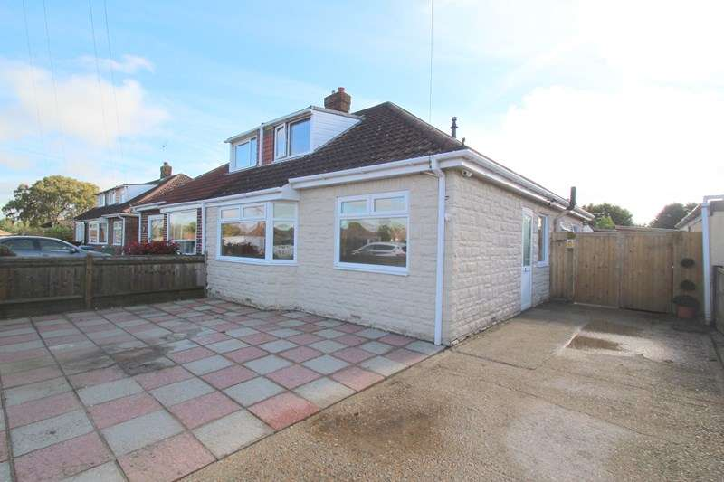 4 Bedrooms Semi Detached Bungalow for sale in Bradly Road, Fareham