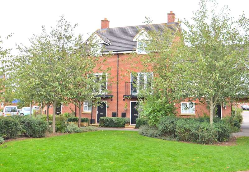 3 Bedrooms Town House for sale in Llewellyn Chase, Old Wolverton
