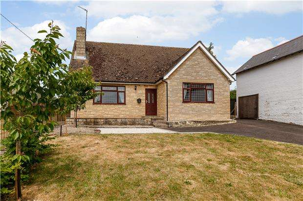 2 Bedrooms Detached Bungalow for sale in Denton Hill, Cuddesdon, OXFORD
