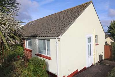 2 Bedrooms Semi Detached Bungalow for sale in Kings Ash Road, Paignton