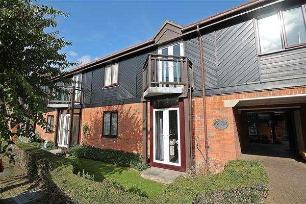 1 Bedroom Apartment Flat for sale in Mansfield Court, Bridge