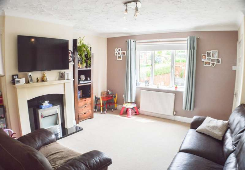 2 Bedrooms Semi Detached House for sale in Castle Road, Prudhoe, NE42