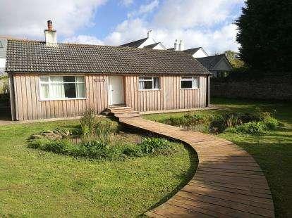 3 Bedrooms Bungalow for sale in Kingsbridge, Devon