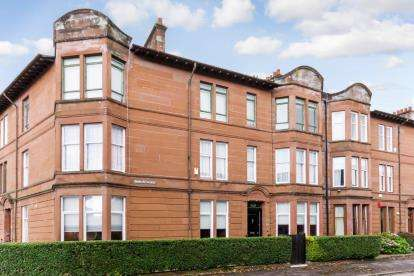 4 Bedrooms Flat for sale in Durward Avenue, Shawlands