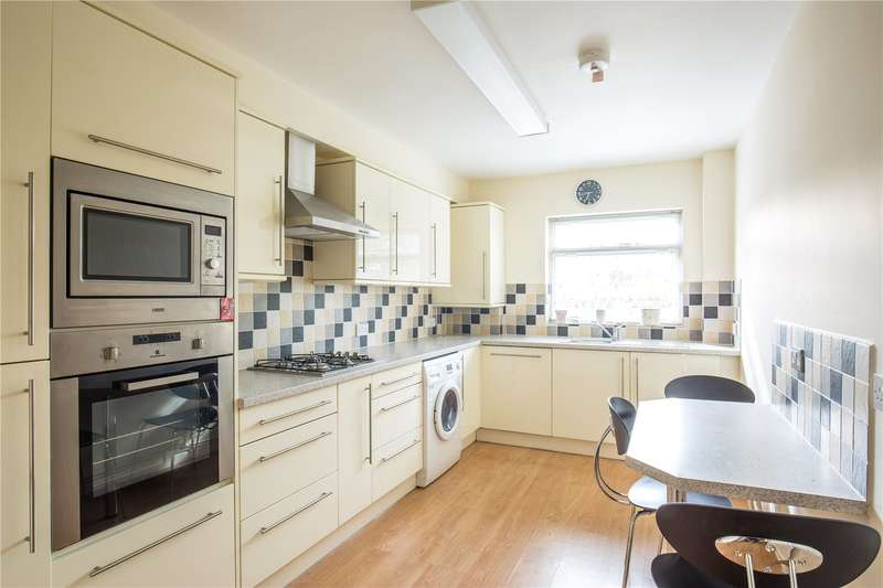 2 Bedrooms Apartment Flat for sale in Bays Court, Hale Lane, Edgware, HA8