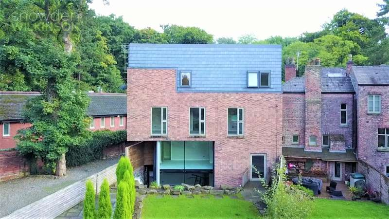 6 Bedrooms Detached House for sale in River House, Mill Lane, Cheadle