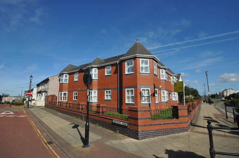 2 Bedrooms Flat for sale in Victoria Parade, Wallasey, CH45 2PH
