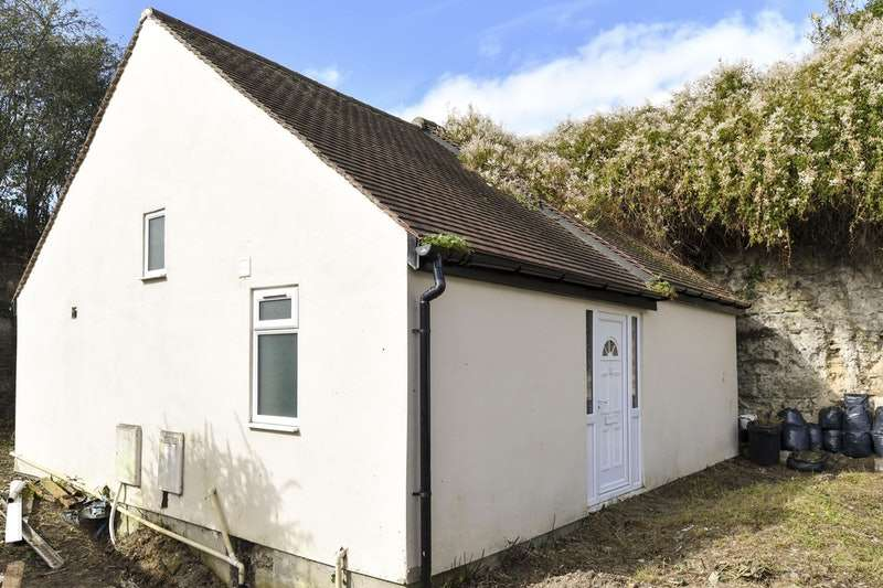1 Bedroom Detached House for sale in Coppock Close, Oxford, Oxfordshire, OX3