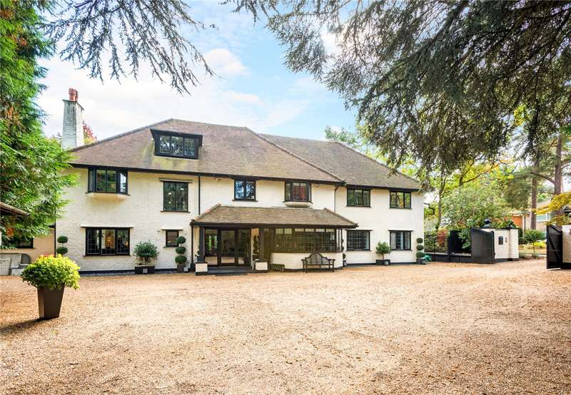 5 Bedrooms Detached House for sale in Dean Close, Pyrford, Woking, Surrey, GU22
