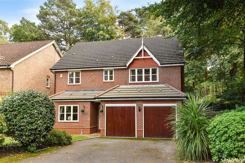 5 Bedrooms Detached House for sale in Kingsley Close, Crowthorne