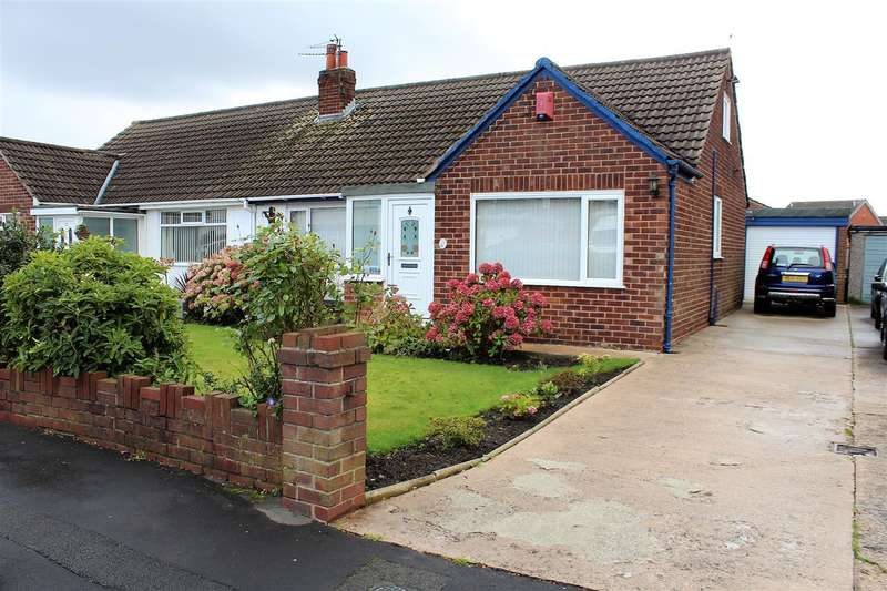 3 Bedrooms Semi Detached Bungalow for sale in Firtrees Avenue, Lostock Hall, Preston