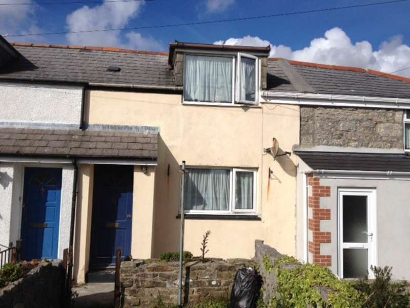 2 Bedrooms Terraced House for rent in Cardrew Terrace, Mount Ambrose, Redruth