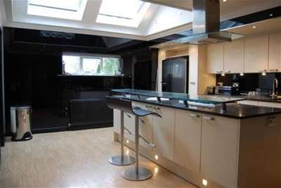3 Bedrooms Penthouse Flat for rent in Parklands; Bramhall; SK7