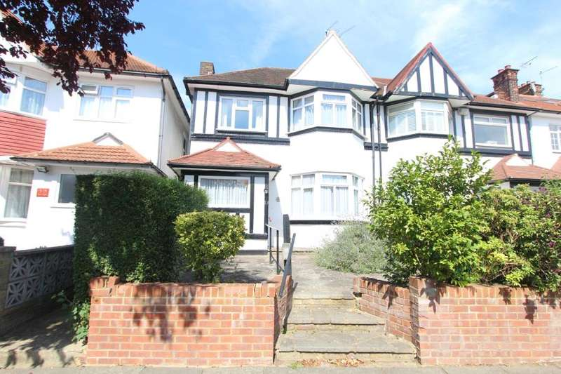 4 Bedrooms Semi Detached House for sale in Highcroft Gardens,NW11