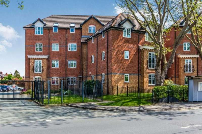 2 Bedrooms Flat for sale in Milwain Road, Burnage, Manchester, M19