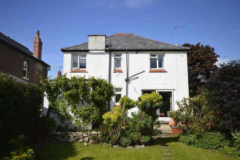 4 Bedrooms Detached House for sale in Edward Street, Oswestry, SY11