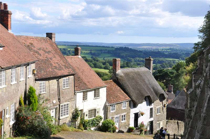 4 Bedrooms Terraced House for sale in Gold Hill, Shaftesbury, SP7
