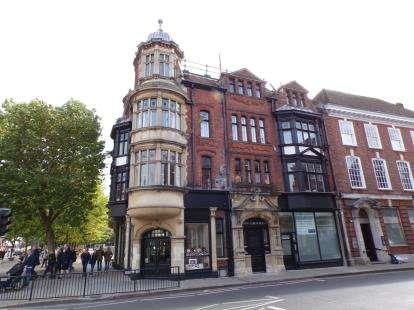 2 Bedrooms Flat for sale in 20-22 Minster Street, Salisbury, Wiltshire