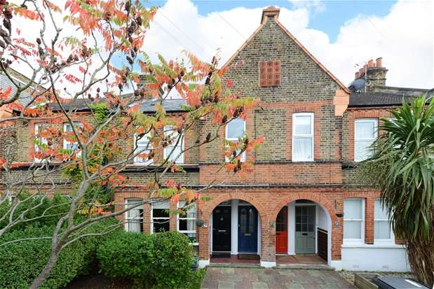 2 Bedrooms Maisonette Flat for sale in Colfe Road, Forest Hill