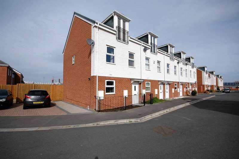 3 Bedrooms End Of Terrace House for sale in Conyers Way, Middlesbrough, North Yorkshire, TS3