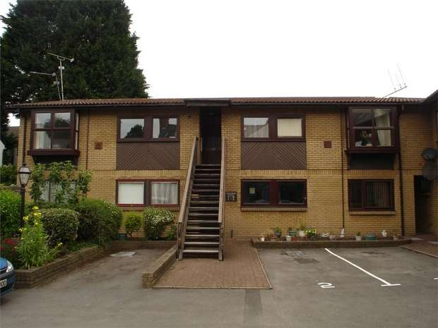 2 Bedrooms Flat for sale in Clive Road, Canton, CARDIFF, South Glamorgan