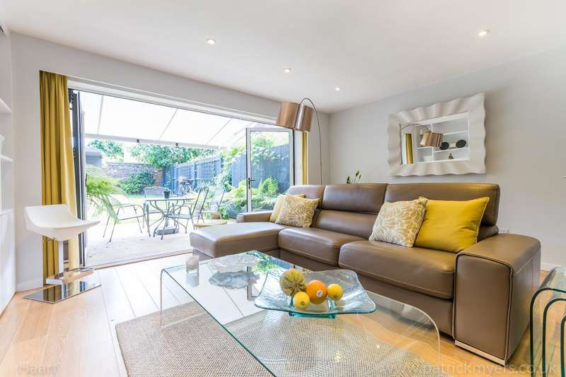 3 Bedrooms Terraced House for sale in Crystal Palace Road, East Dulwich, London, SE22 9EP