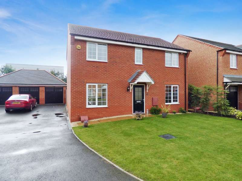 4 Bedrooms Detached House for sale in Brackley Cresent, Warwick