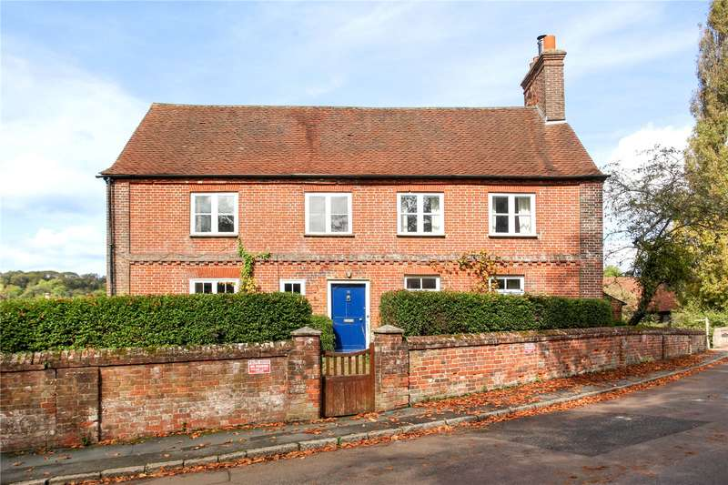 4 Bedrooms Detached House for sale in The Street, Puttenham, Guildford, Surrey, GU3
