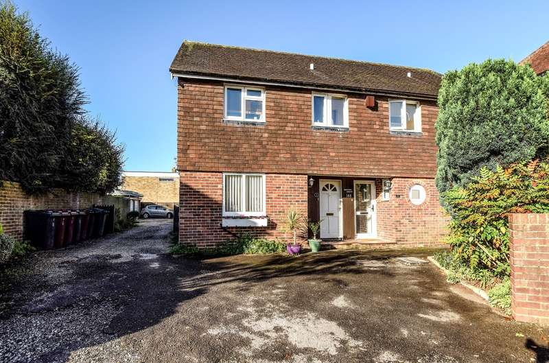 1 Bedroom Flat for sale in Broyle Road, Chichester, PO19