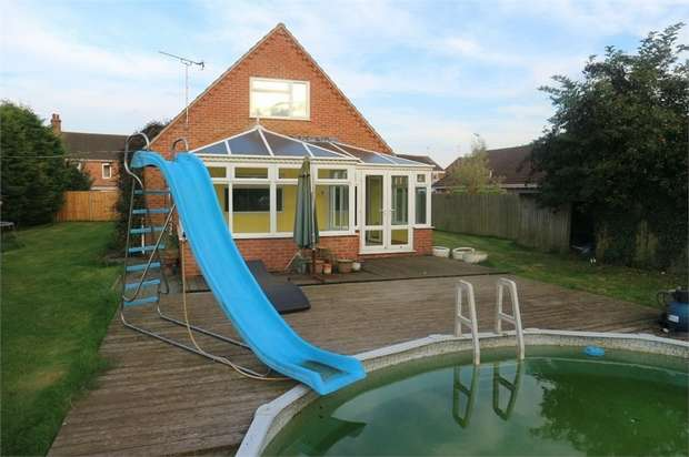 5 Bedrooms Detached House for sale in The Burnhams, Terrington St Clement, King's Lynn, Norfolk