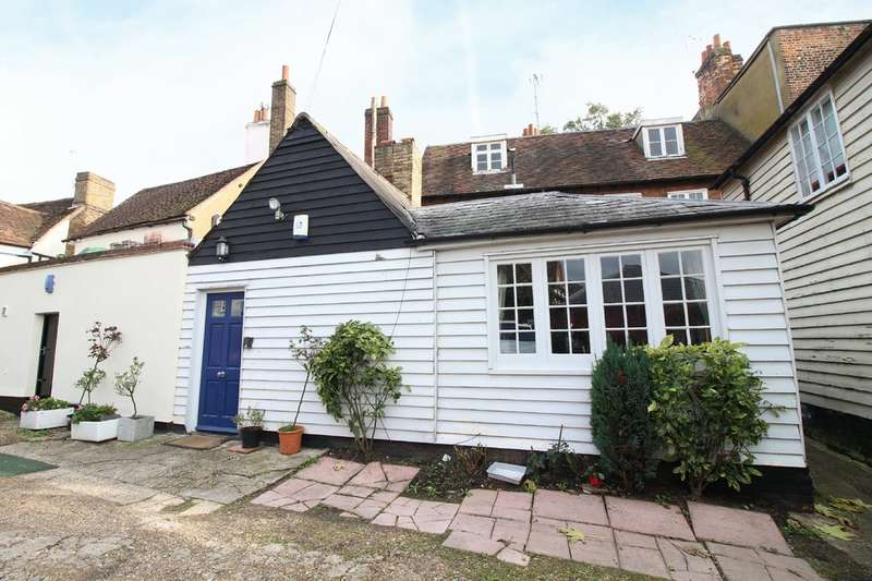2 Bedrooms Terraced House for sale in St. Andrew Street, Hertford