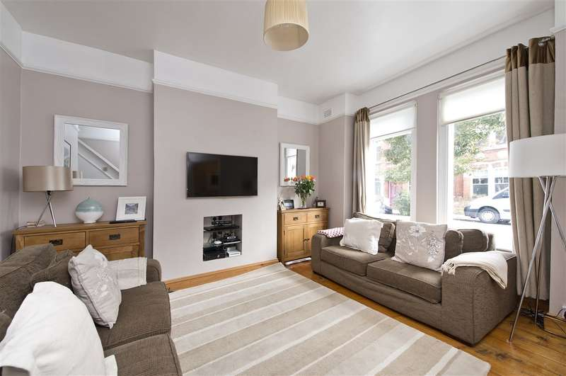 4 Bedrooms Terraced House for sale in Thorpebank Road, Shepherd's Bush