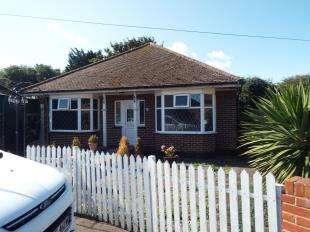 2 Bedrooms Bungalow for sale in Orchard Close, Ramsgate, Kent