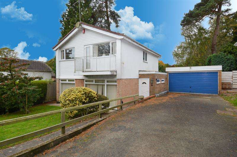 4 Bedrooms Detached House for sale in Woodshill Avenue, Lickey, Birmingham
