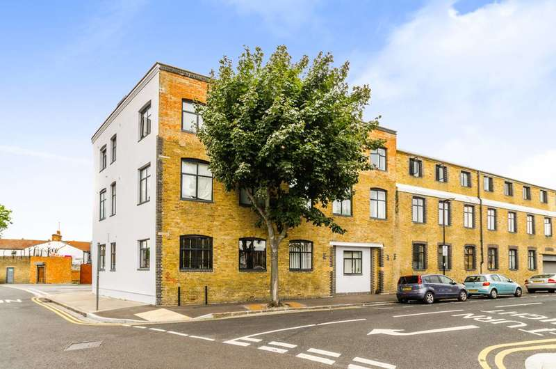 1 Bedroom Flat for sale in Jedburgh Road, Plaistow, E13