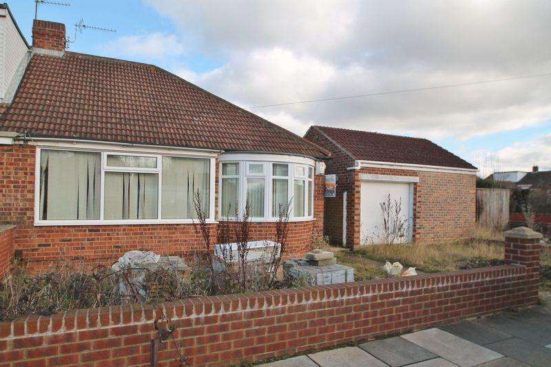 3 Bedrooms Bungalow for sale in Virginia Gardens, Brookfield