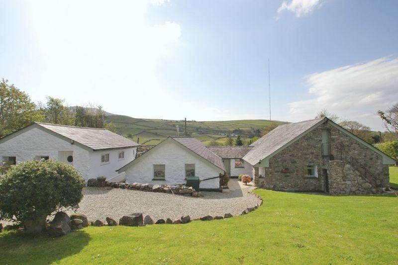 4 Bedrooms Detached Bungalow for sale in Nebo, Gwynedd
