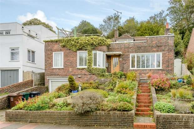 2 Bedrooms Detached House for sale in Eldred Avenue, Brighton, East Sussex
