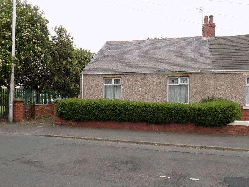 2 Bedrooms Bungalow for sale in Stead Lane, Bedlington