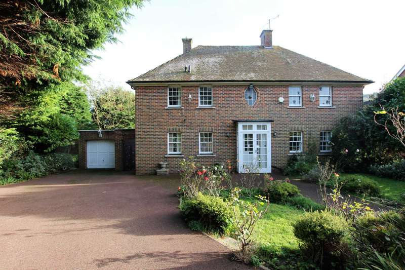 3 Bedrooms Detached House for sale in Alfriston Close, Eastbourne, BN20 8DN