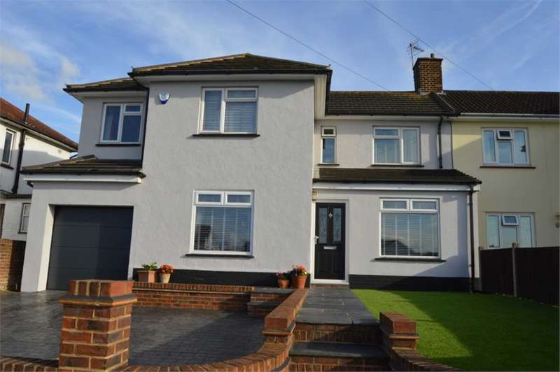 4 Bedrooms House for sale in Wayfield Road, Chatham