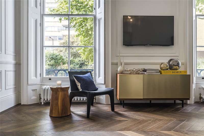 Flat for sale in Porchester Terrace North, Bayswater, London, W2