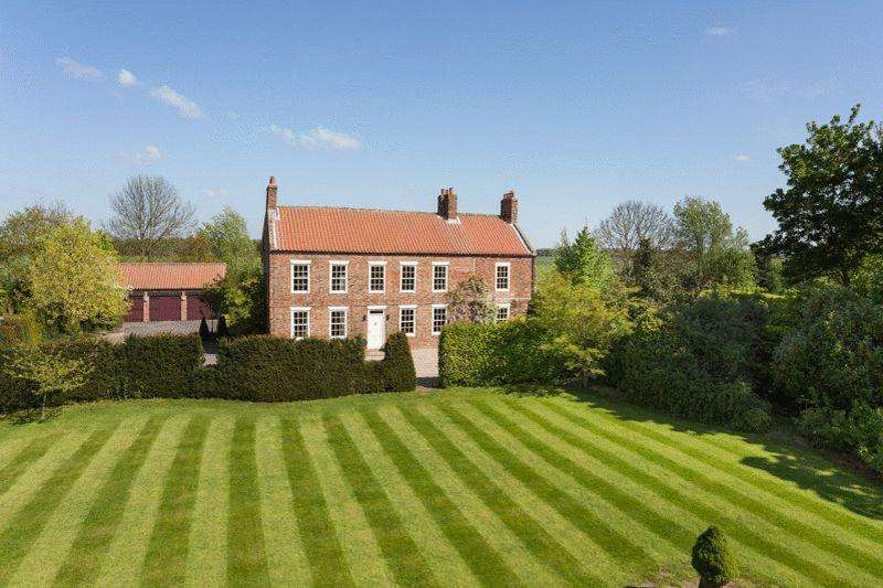 5 Bedrooms Detached House for sale in Hagthorpe Hall, Brackenholme, Selby, North Yorkshire