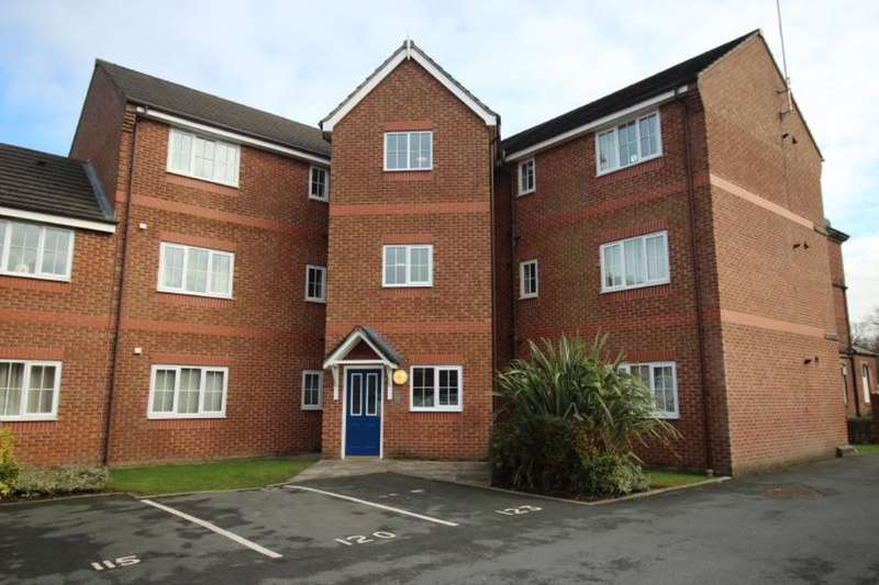 2 Bedrooms Flat for sale in Royal Drive, Fulwood, Preston, PR2